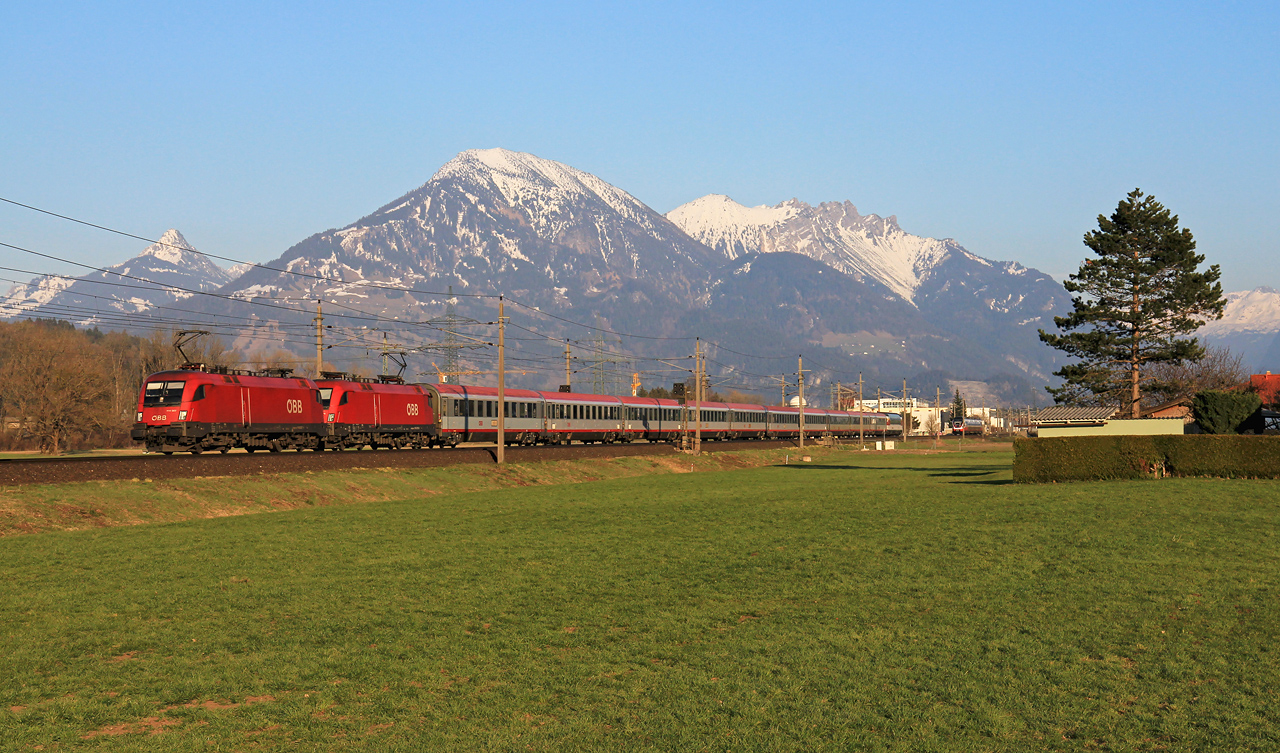 http://www.badische-schwarzwaldbahn.de/DSO/B357.jpg