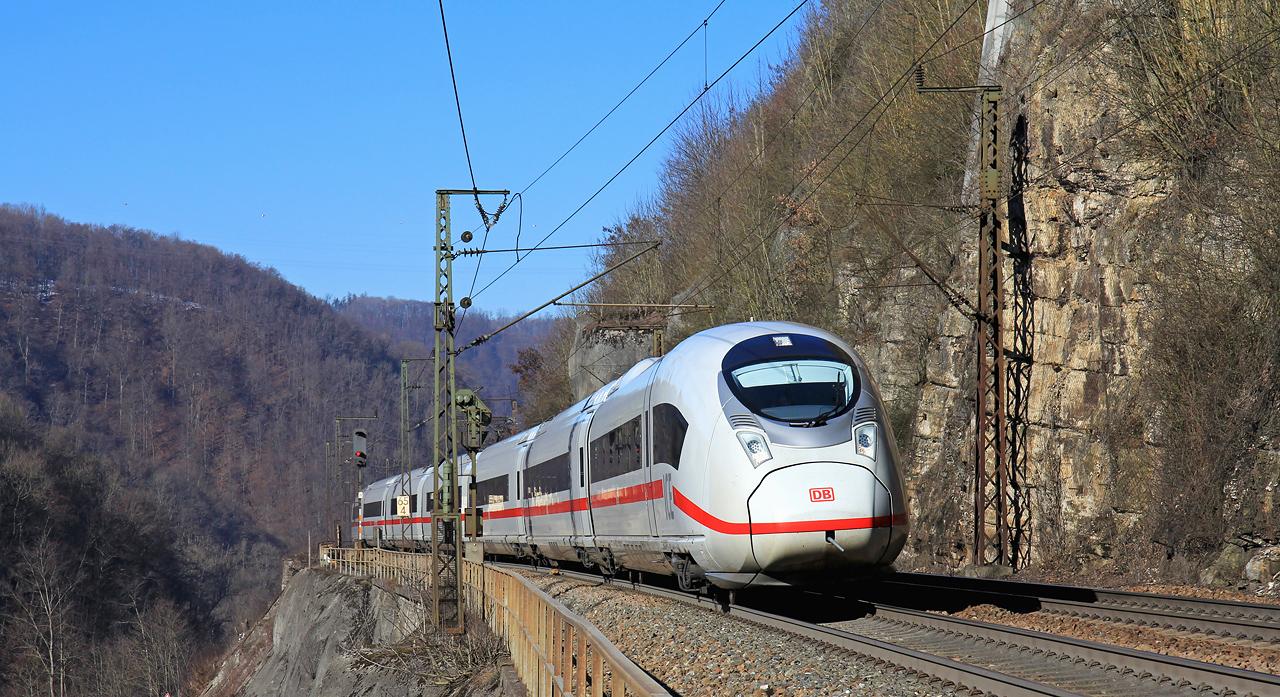 http://www.badische-schwarzwaldbahn.de/DSO/B375.jpg