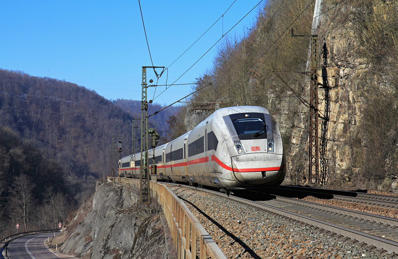 http://www.badische-schwarzwaldbahn.de/DSO/B377.jpg