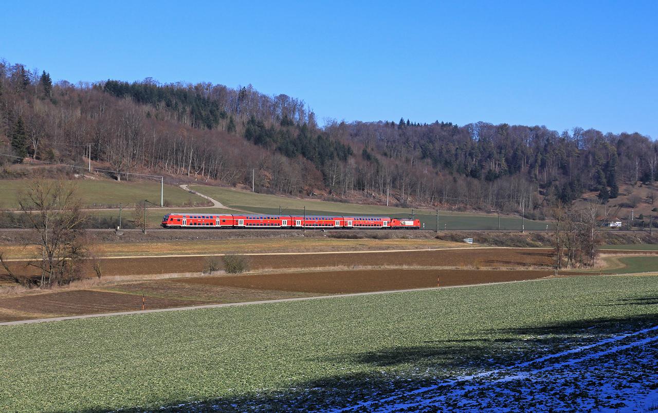 http://www.badische-schwarzwaldbahn.de/DSO/B379.jpg