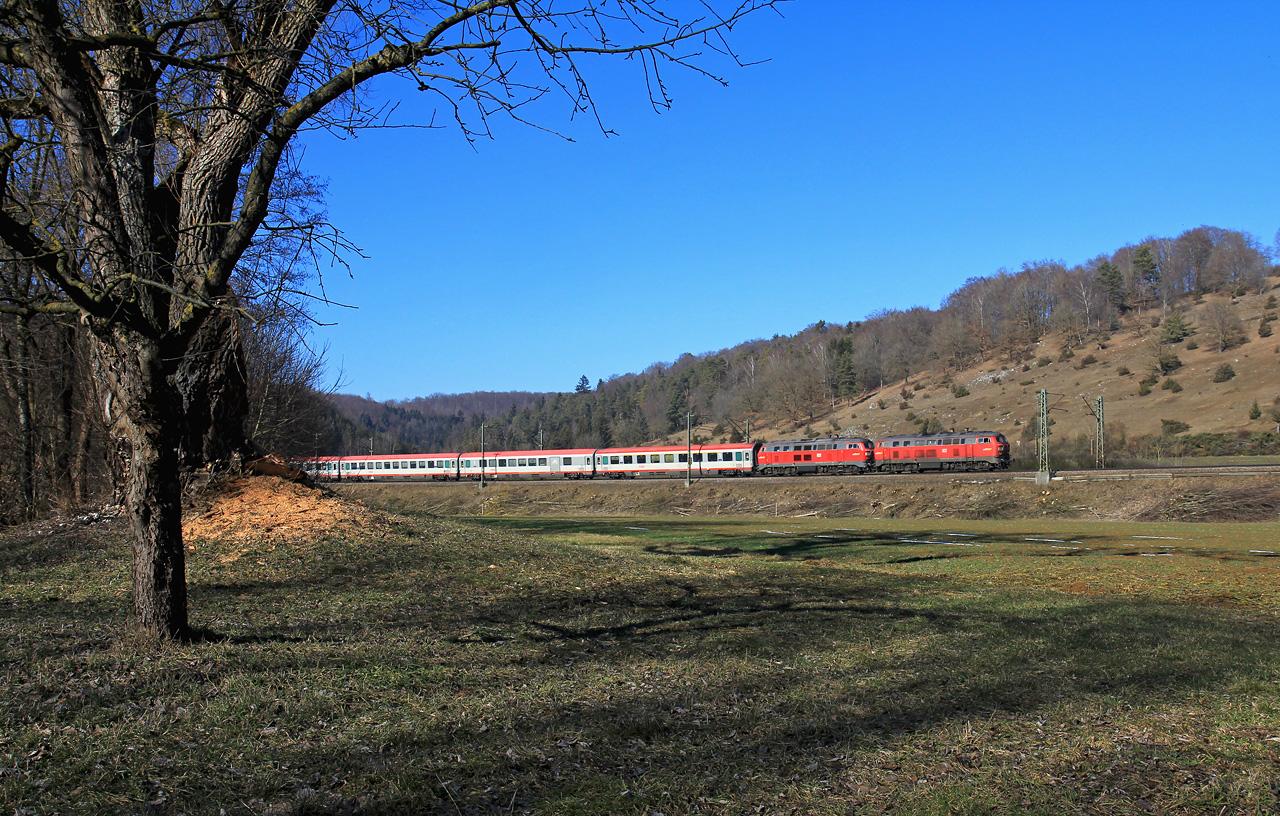 http://www.badische-schwarzwaldbahn.de/DSO/B382.jpg