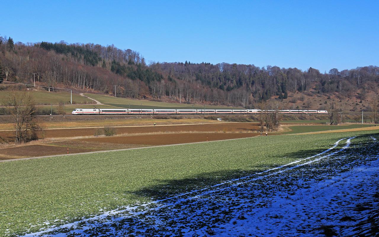 http://www.badische-schwarzwaldbahn.de/DSO/B383.jpg