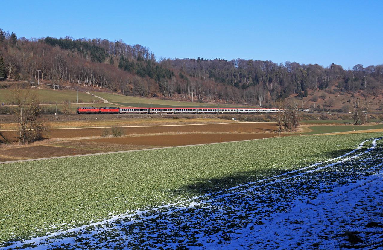 http://www.badische-schwarzwaldbahn.de/DSO/B384.jpg