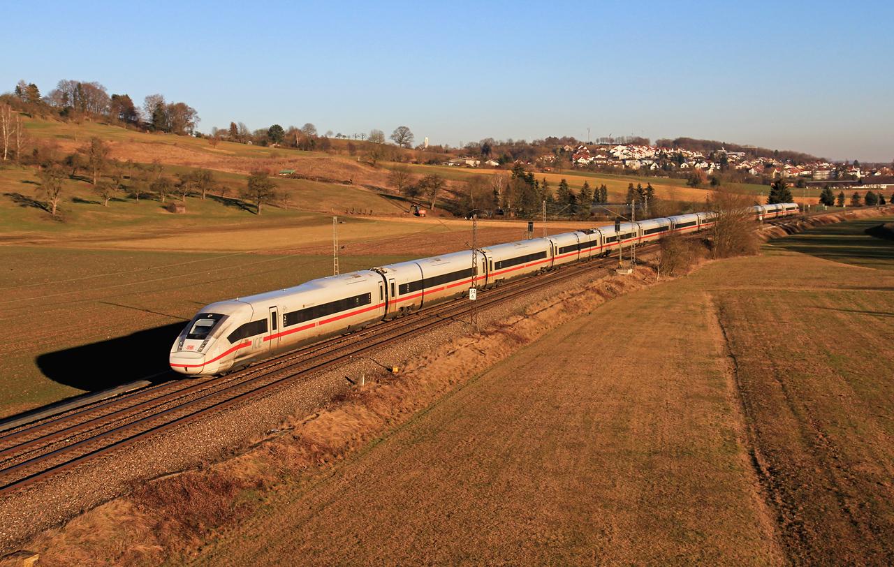 http://www.badische-schwarzwaldbahn.de/DSO/B388.jpg