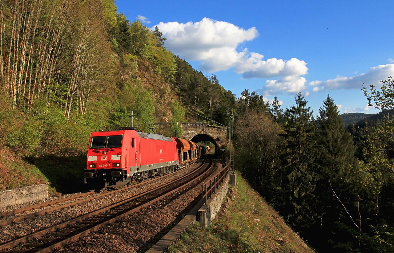 http://www.badische-schwarzwaldbahn.de/DSO/B390.jpg