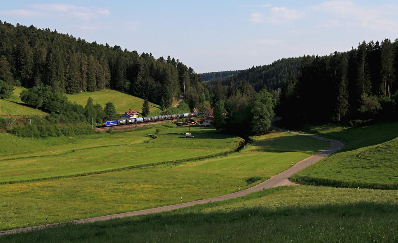 http://www.badische-schwarzwaldbahn.de/DSO/B391.jpg