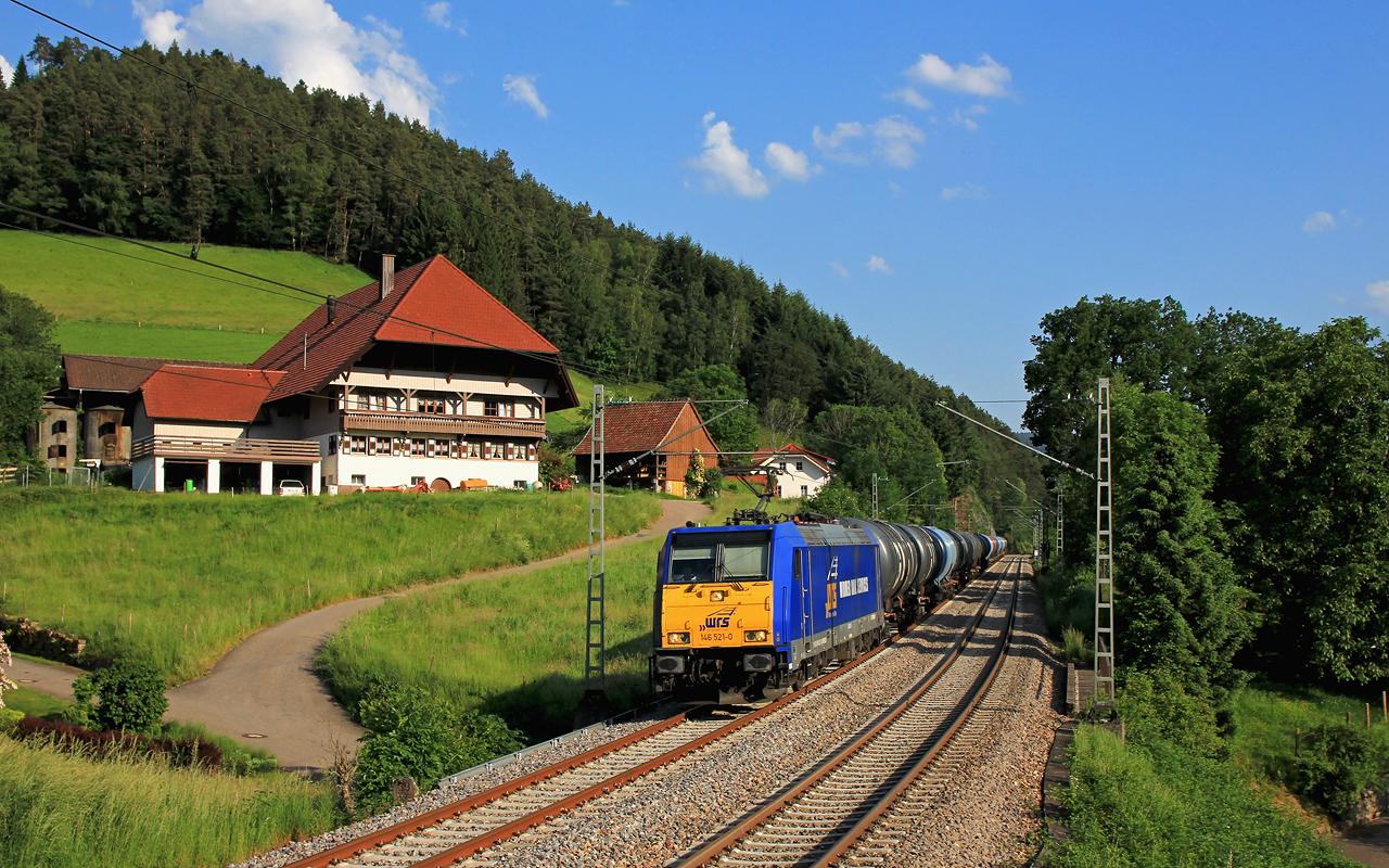 http://www.badische-schwarzwaldbahn.de/DSO/B393.jpg