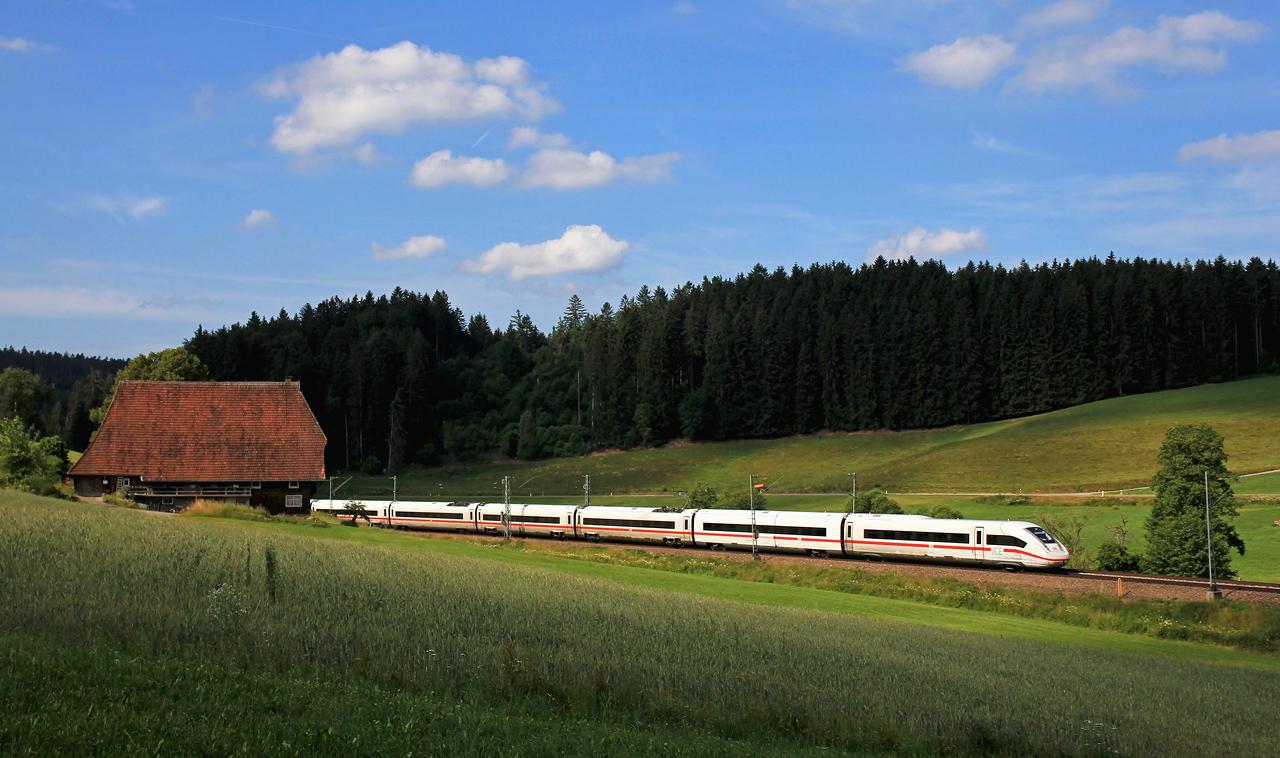 http://www.badische-schwarzwaldbahn.de/DSO/B412.jpg