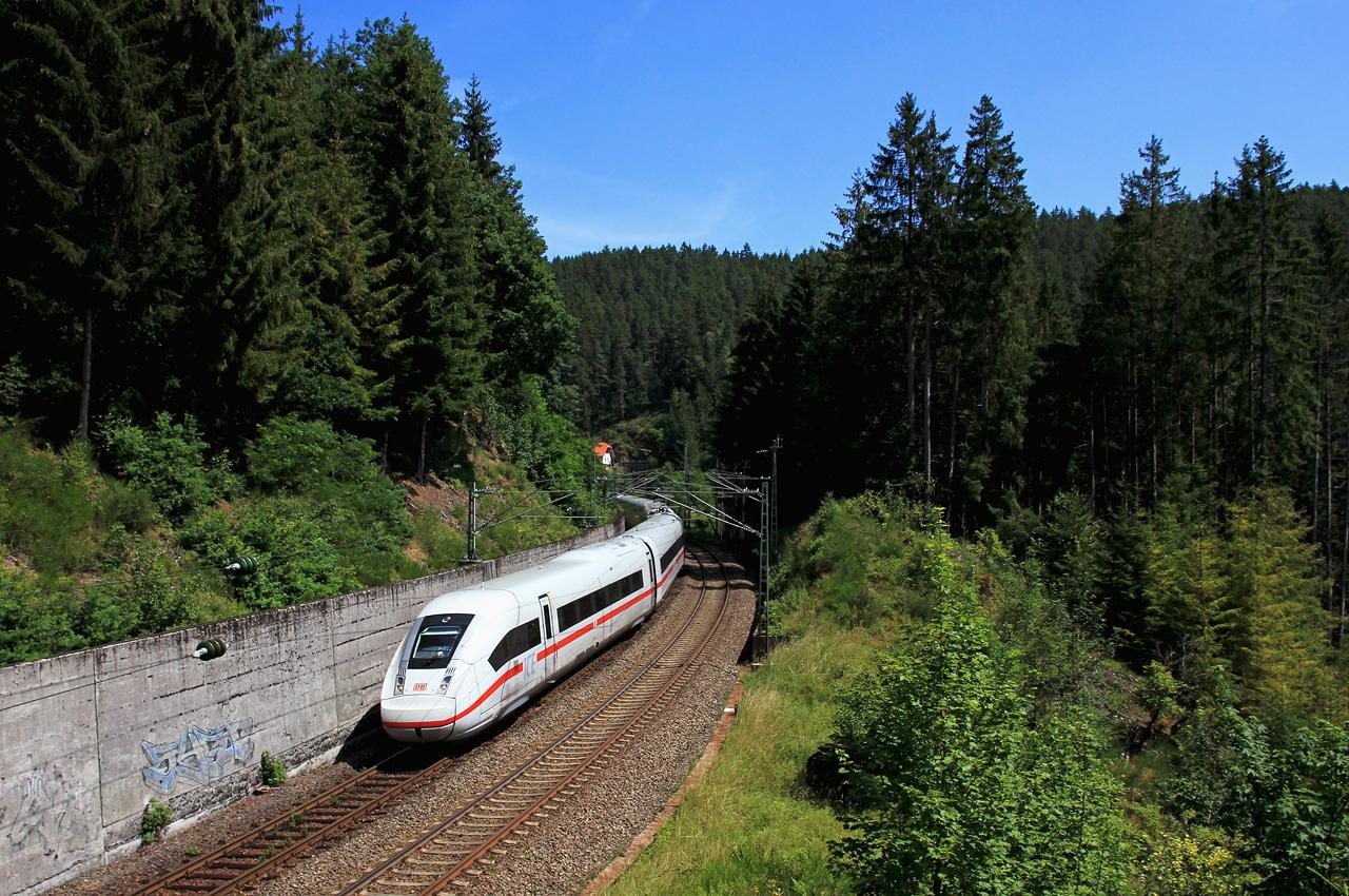 http://www.badische-schwarzwaldbahn.de/DSO/B415.jpg
