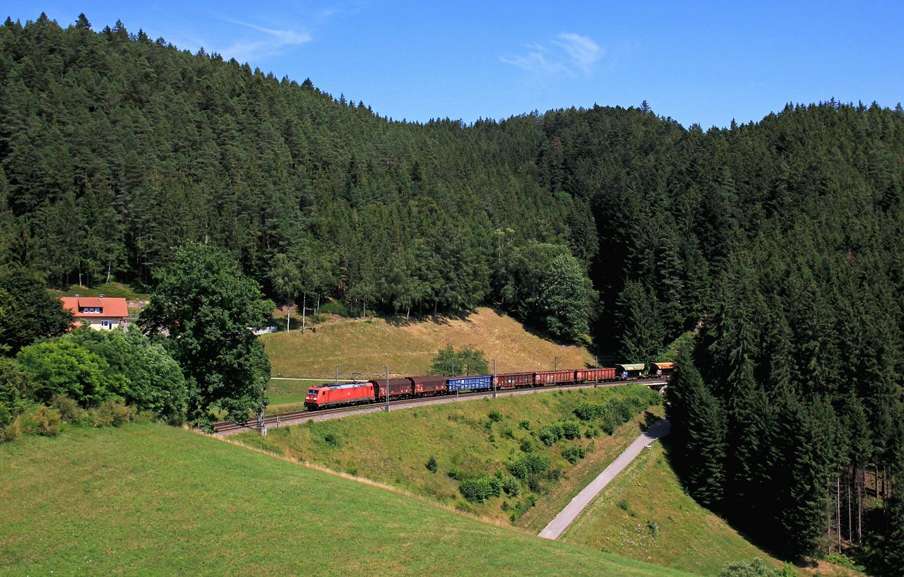 http://www.badische-schwarzwaldbahn.de/DSO/B418.jpg