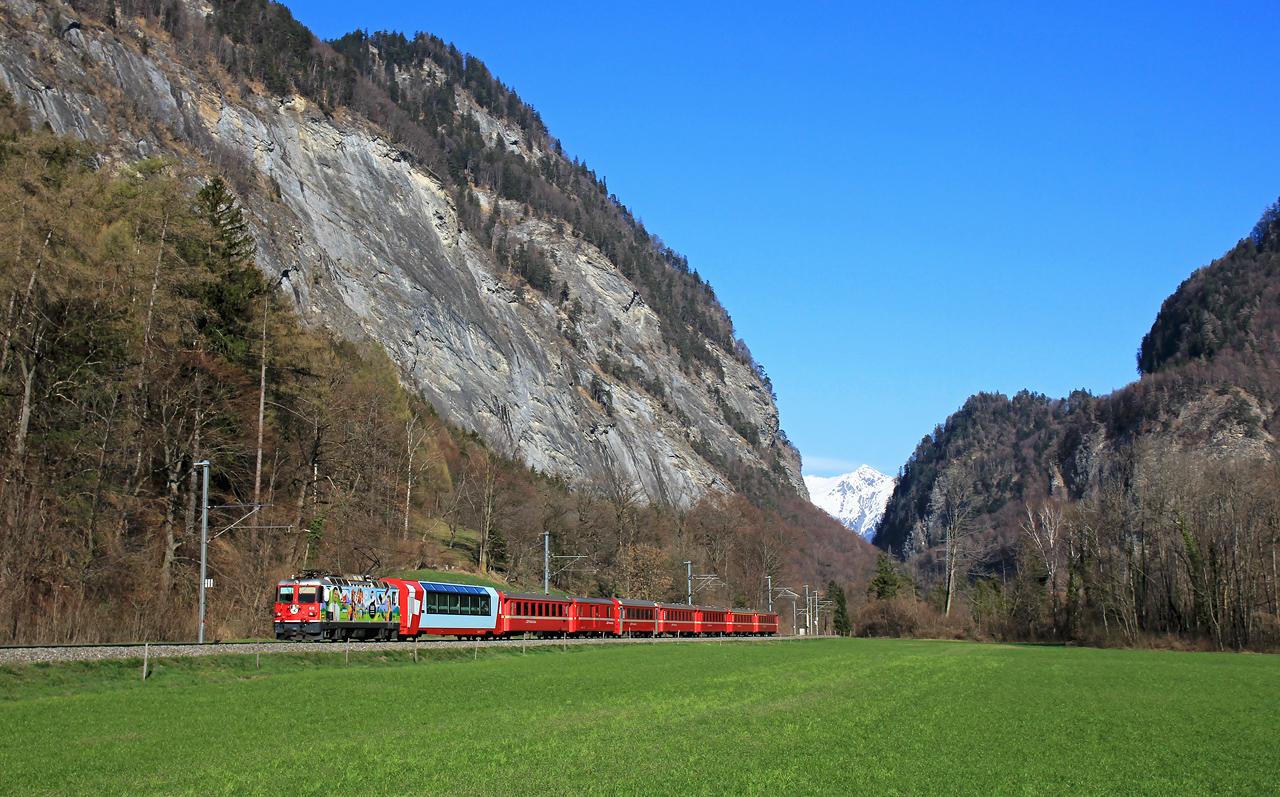 http://www.badische-schwarzwaldbahn.de/DSO/B462.jpg