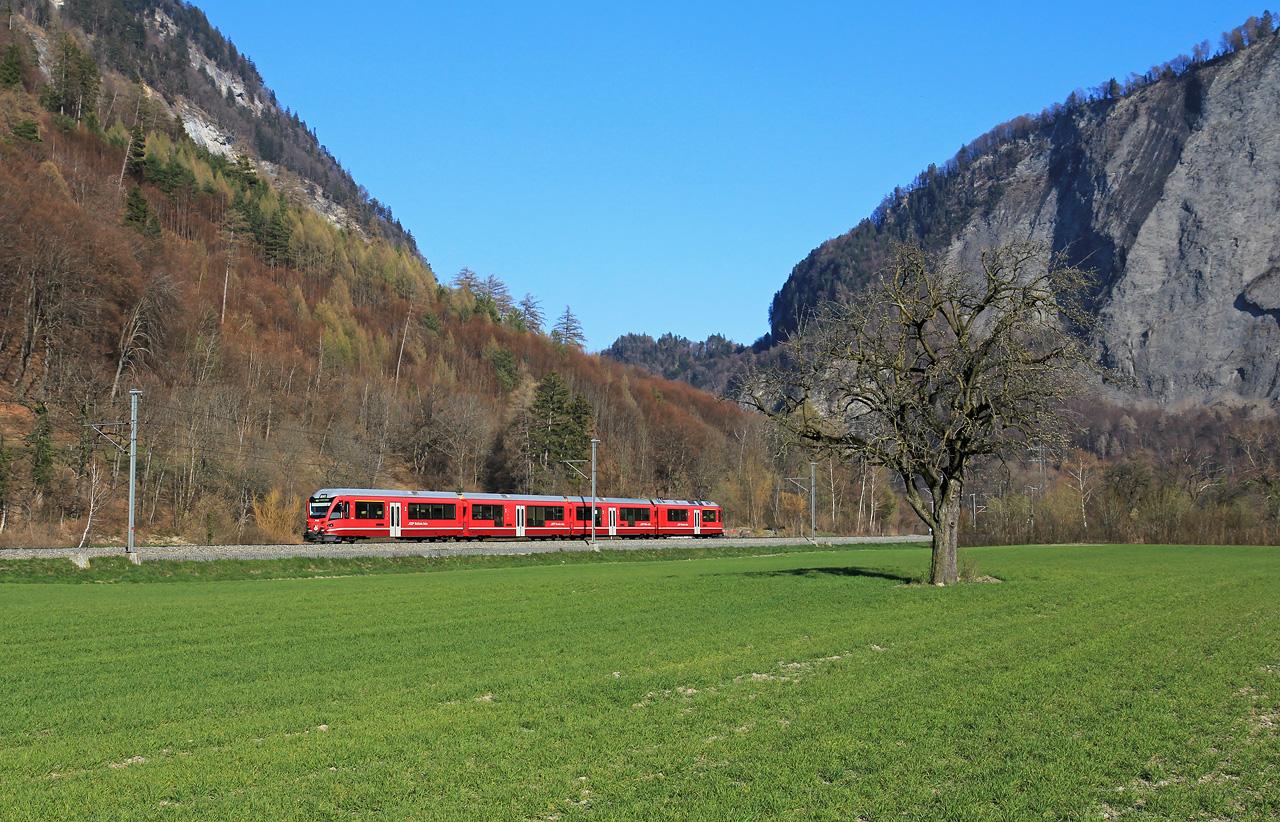 http://www.badische-schwarzwaldbahn.de/DSO/B464.jpg