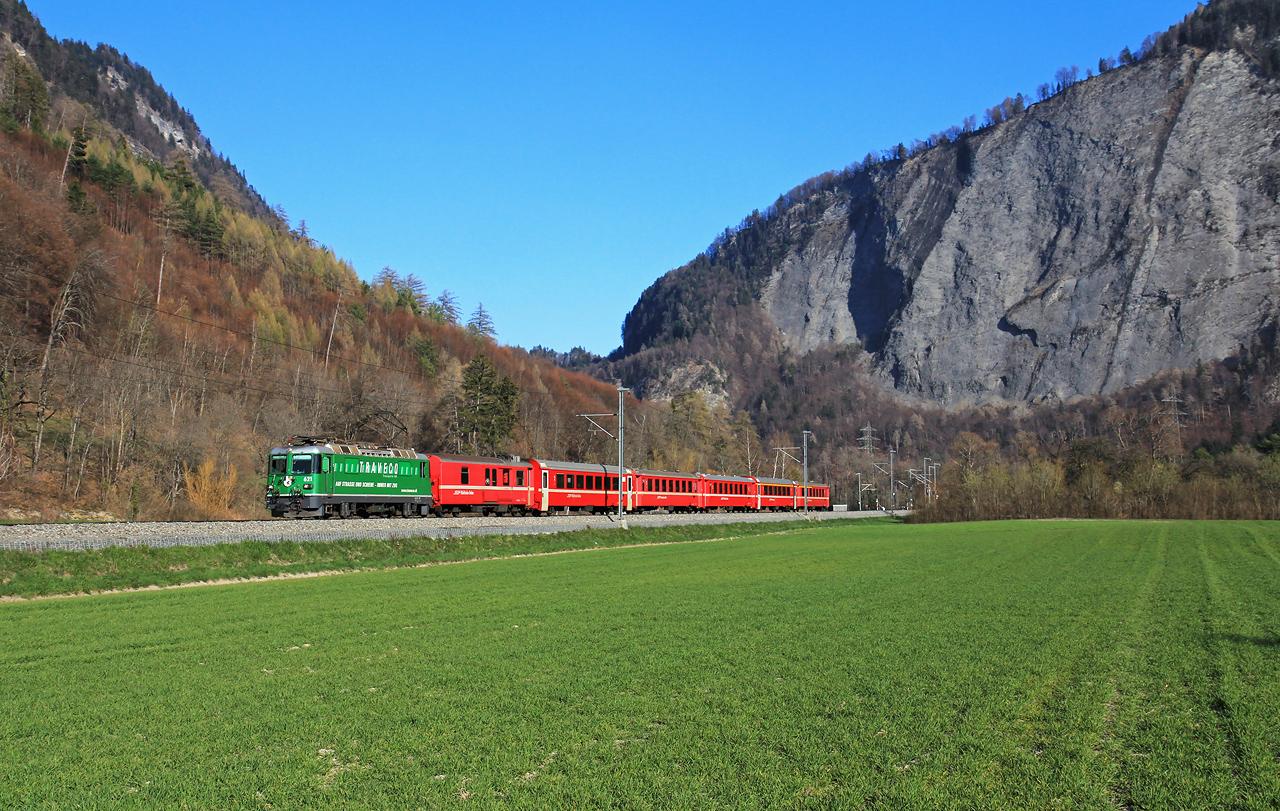 http://www.badische-schwarzwaldbahn.de/DSO/B465.jpg