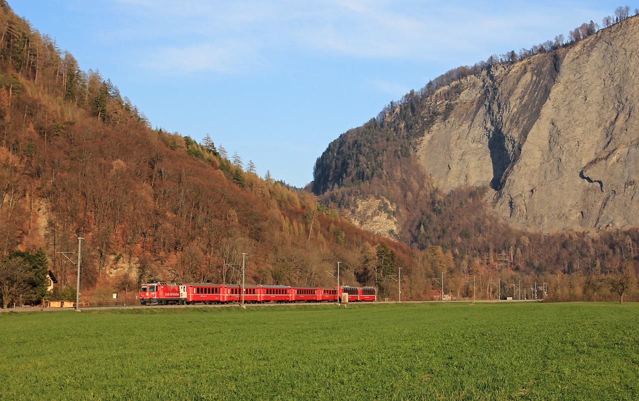 http://www.badische-schwarzwaldbahn.de/DSO/B467.jpg