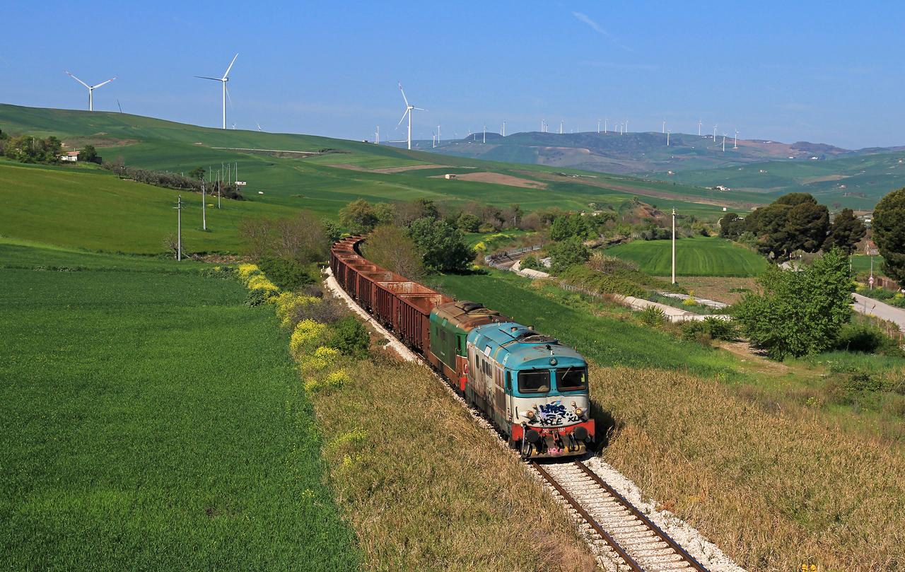 http://www.badische-schwarzwaldbahn.de/DSO/B515.jpg