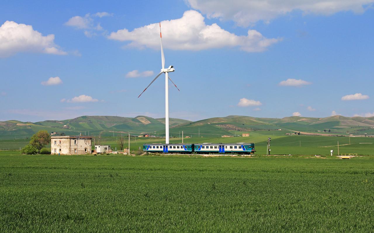 http://www.badische-schwarzwaldbahn.de/DSO/B522.jpg