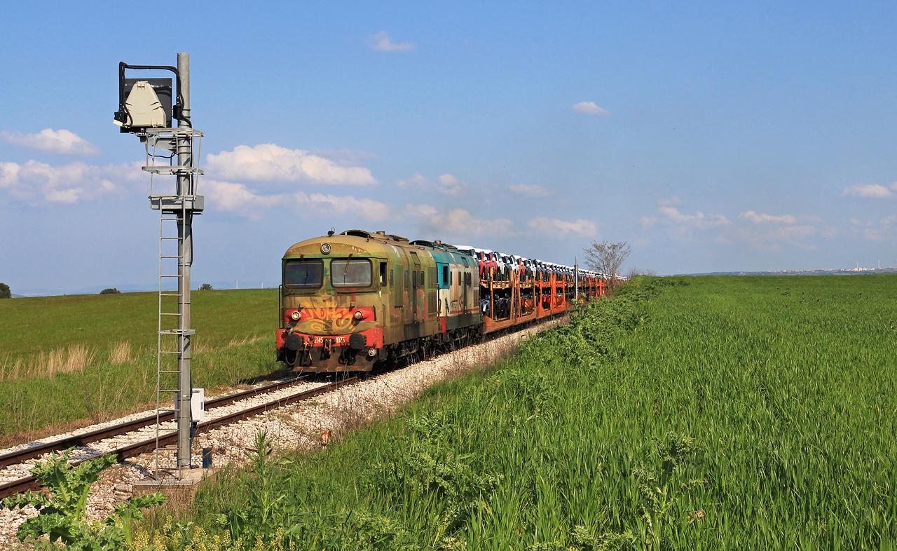 http://www.badische-schwarzwaldbahn.de/DSO/B524.jpg