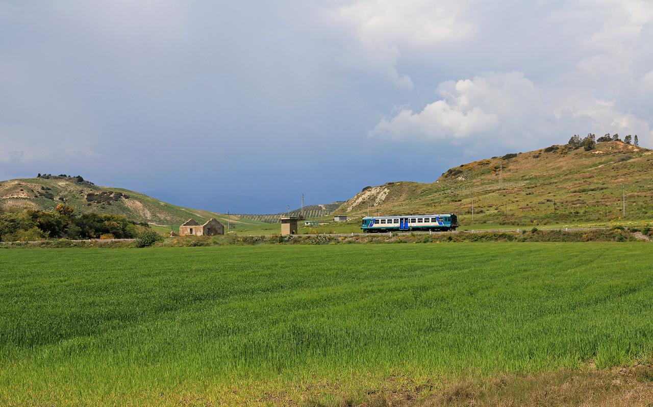 http://www.badische-schwarzwaldbahn.de/DSO/B534.jpg
