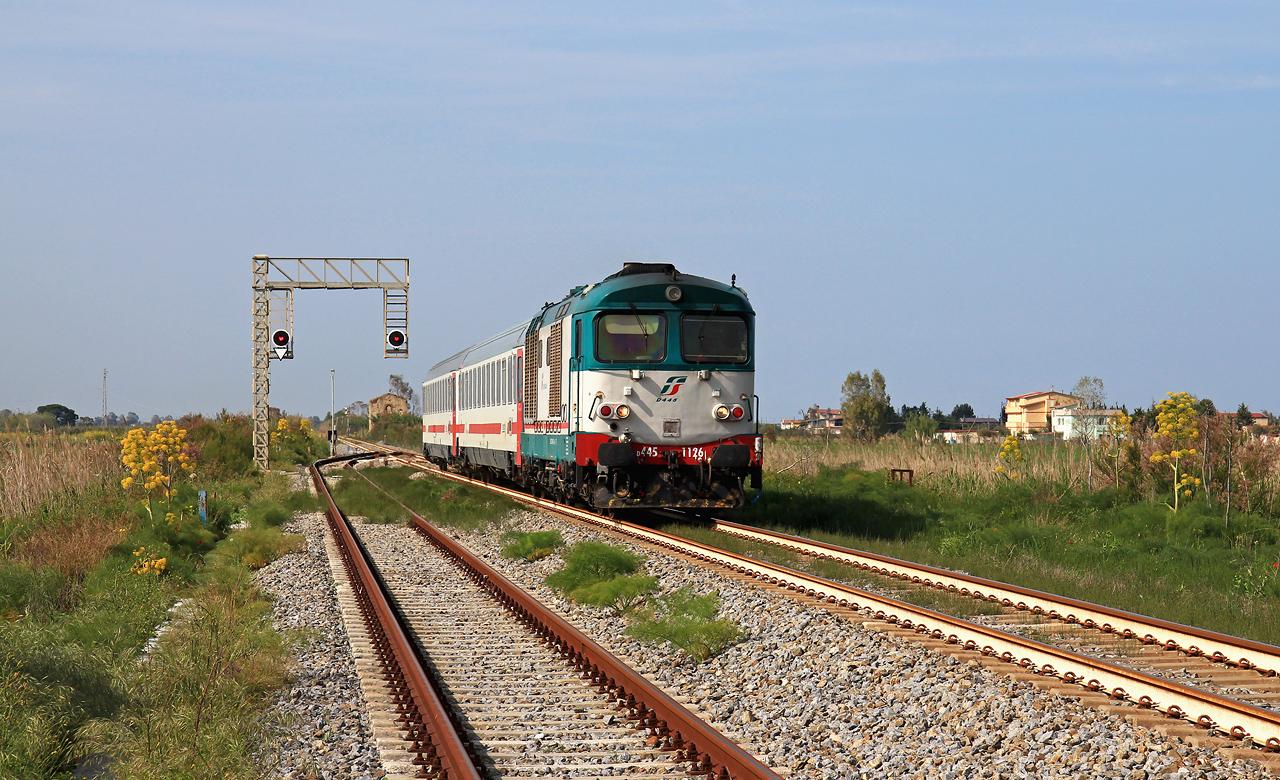 http://www.badische-schwarzwaldbahn.de/DSO/B536.jpg