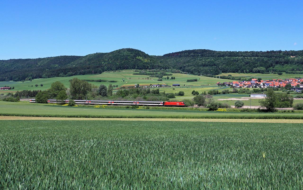 http://www.badische-schwarzwaldbahn.de/DSO/B600.jpg