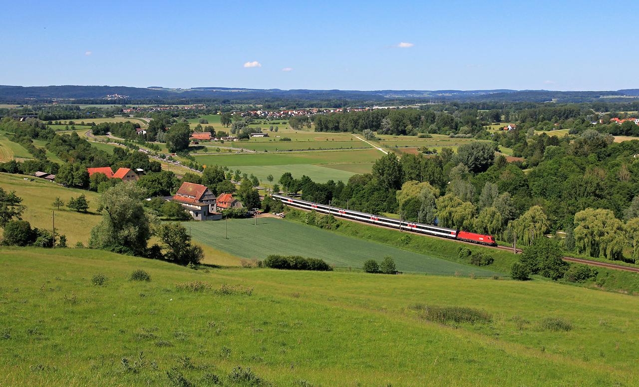 http://www.badische-schwarzwaldbahn.de/DSO/B604.jpg