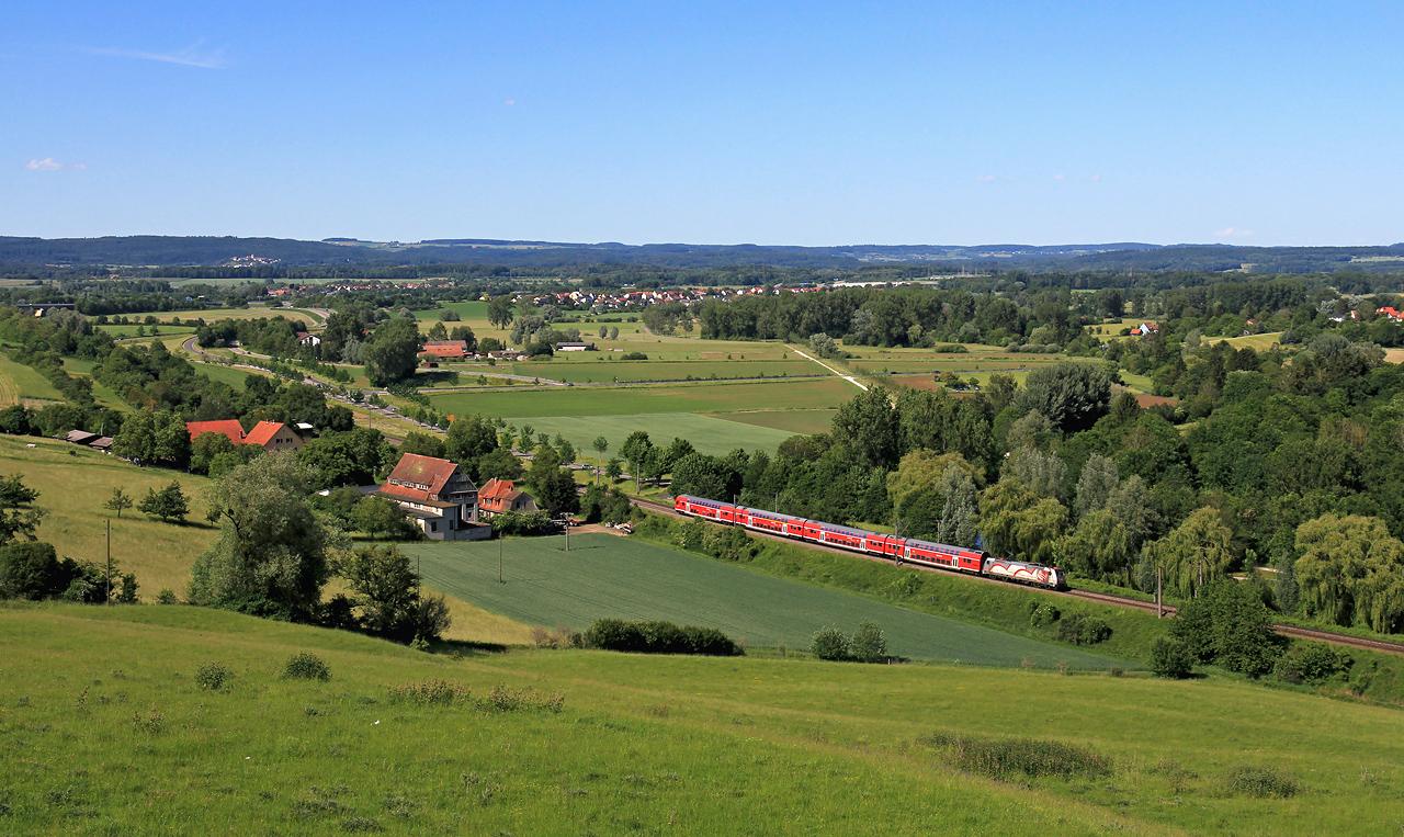 http://www.badische-schwarzwaldbahn.de/DSO/B605.jpg