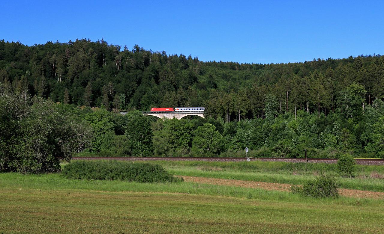 http://www.badische-schwarzwaldbahn.de/DSO/B608.jpg