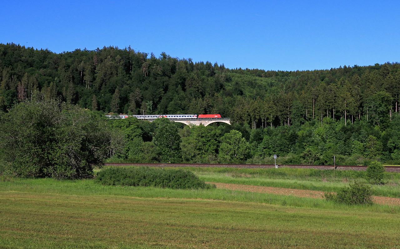 http://www.badische-schwarzwaldbahn.de/DSO/B609.jpg