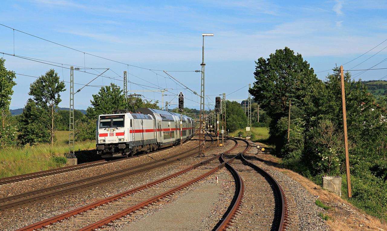 http://www.badische-schwarzwaldbahn.de/DSO/B610.jpg