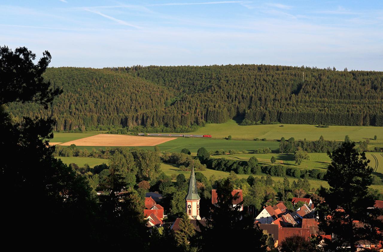 http://www.badische-schwarzwaldbahn.de/DSO/B611.jpg