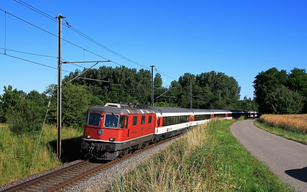 http://www.badische-schwarzwaldbahn.de/DSO/B663.jpg