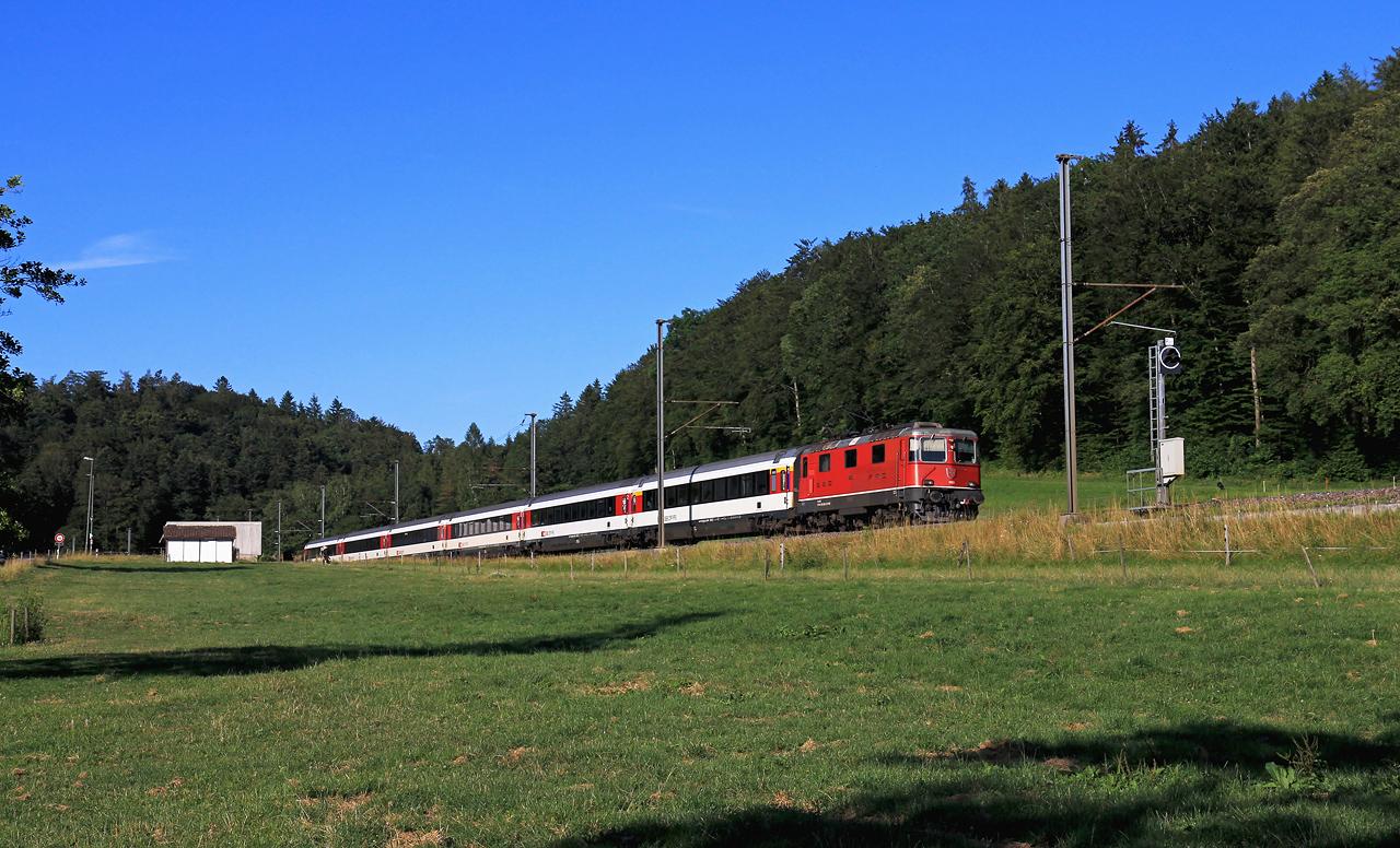 http://www.badische-schwarzwaldbahn.de/DSO/B666.jpg
