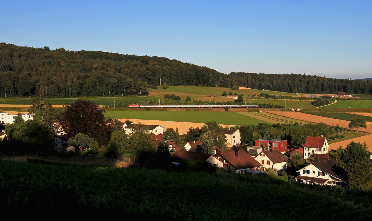 http://www.badische-schwarzwaldbahn.de/DSO/B671.jpg