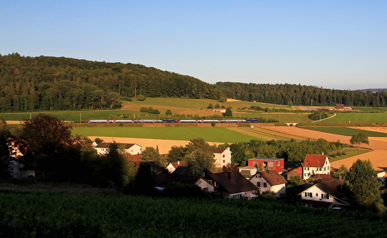 http://www.badische-schwarzwaldbahn.de/DSO/B674.jpg
