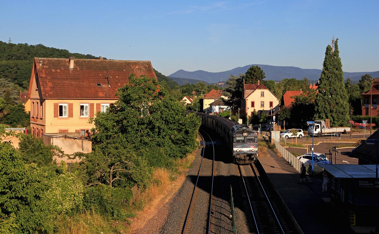 http://www.badische-schwarzwaldbahn.de/DSO/B687.jpg