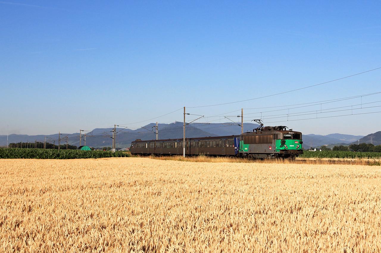 http://www.badische-schwarzwaldbahn.de/DSO/B690.jpg