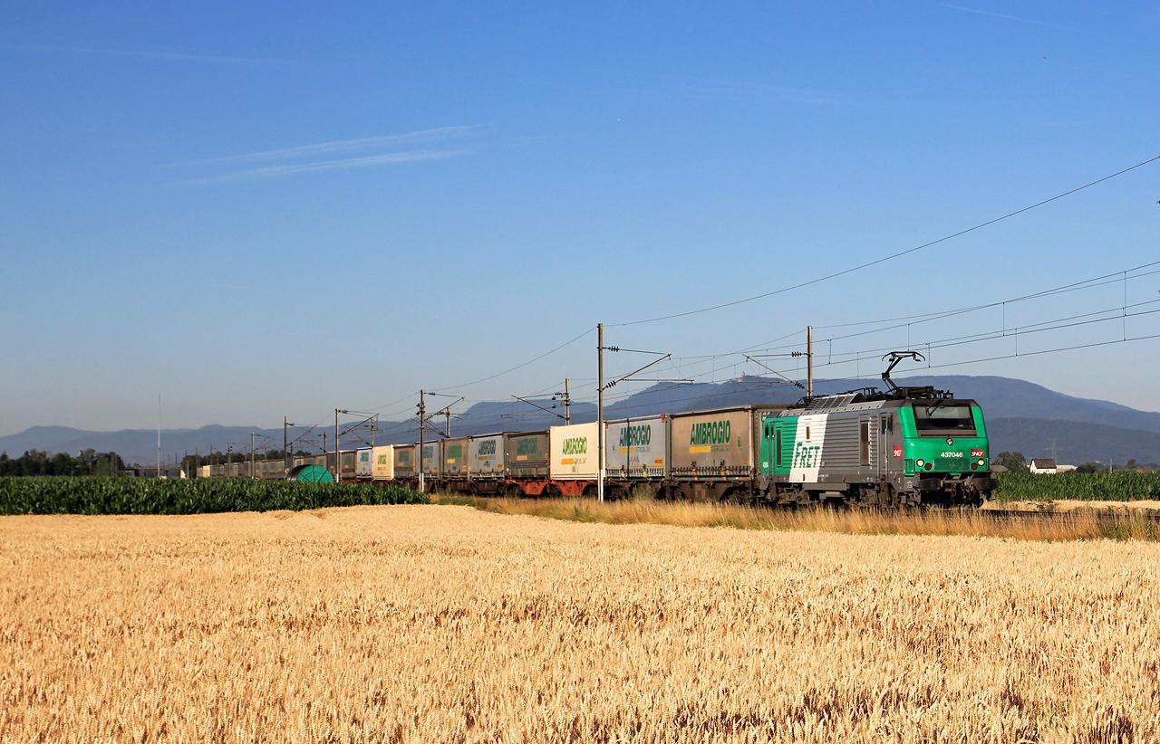 http://www.badische-schwarzwaldbahn.de/DSO/B692.jpg