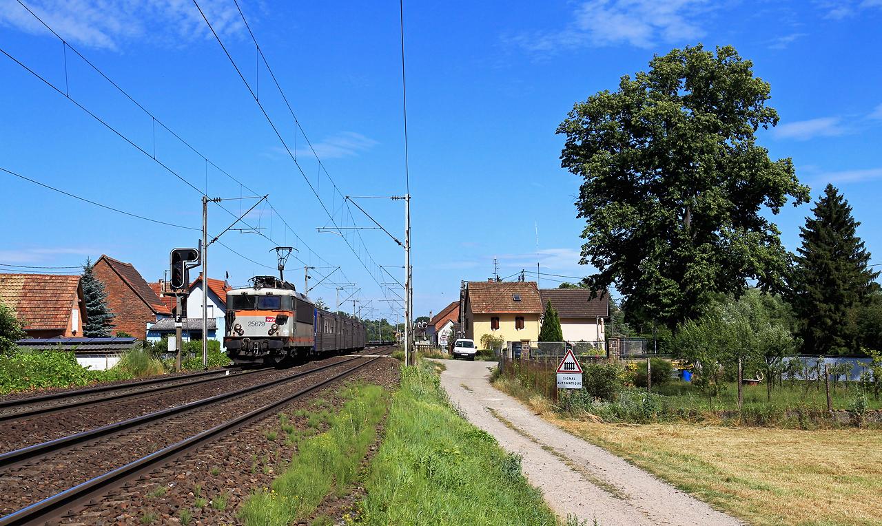 http://www.badische-schwarzwaldbahn.de/DSO/B701.jpg
