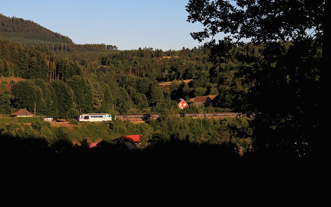 http://www.badische-schwarzwaldbahn.de/DSO/B706.jpg