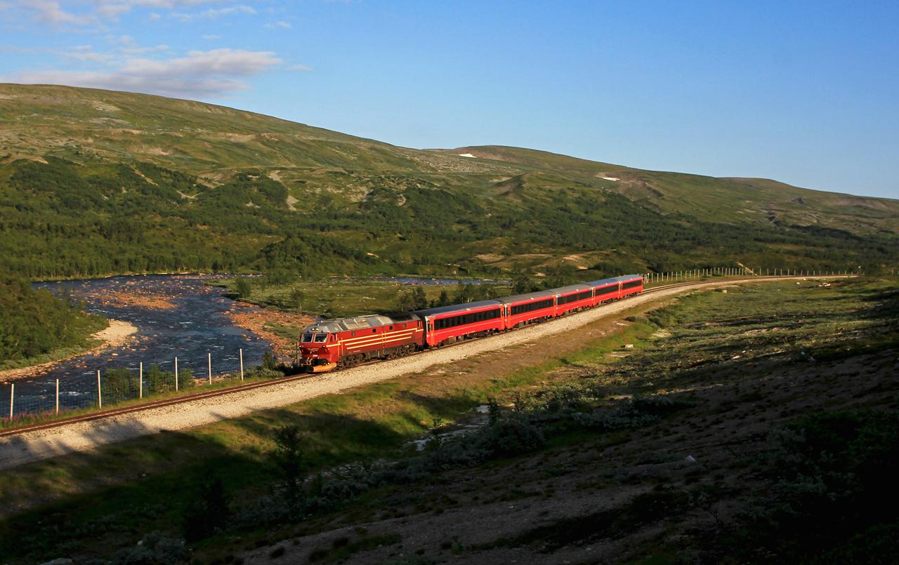 http://www.badische-schwarzwaldbahn.de/DSO/B835.jpg