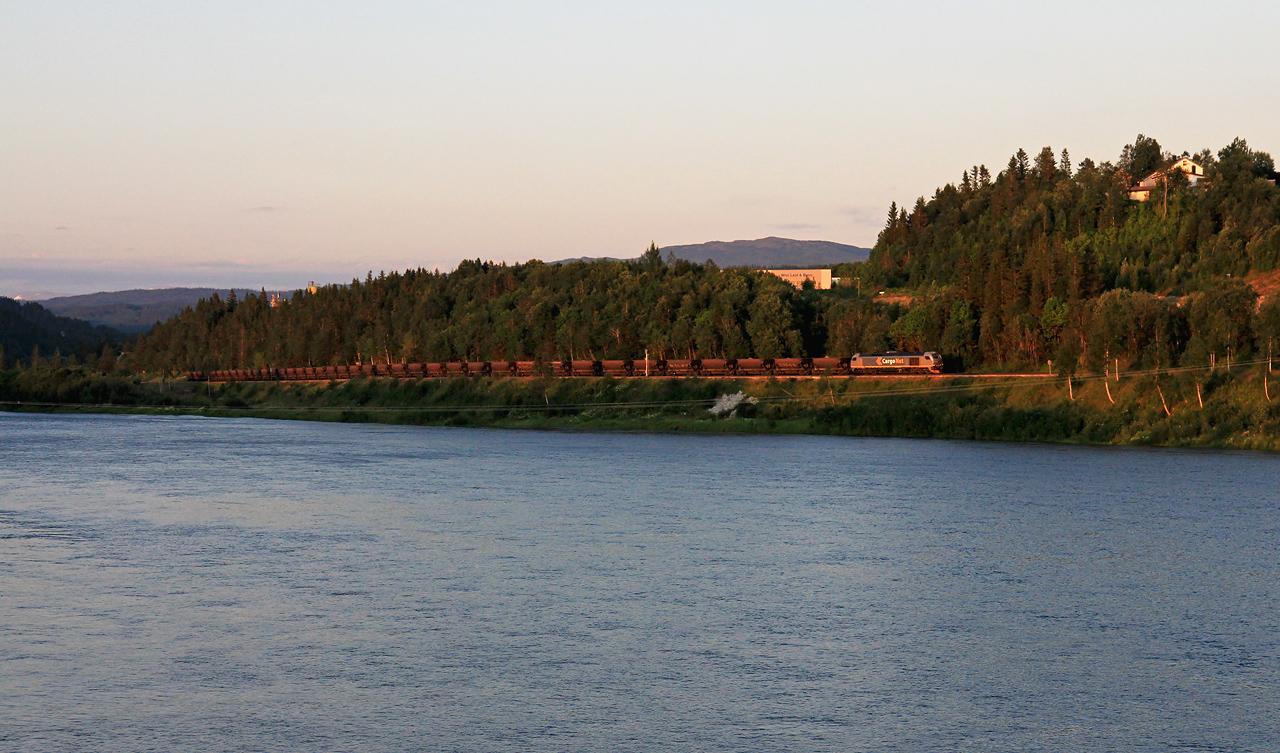 http://www.badische-schwarzwaldbahn.de/DSO/B837.jpg
