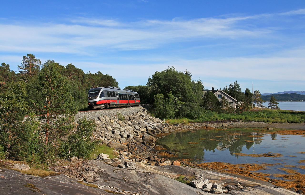 http://www.badische-schwarzwaldbahn.de/DSO/B868.jpg