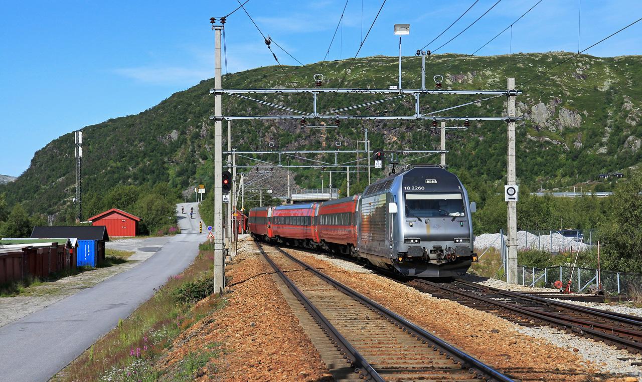 http://www.badische-schwarzwaldbahn.de/DSO/B884.jpg