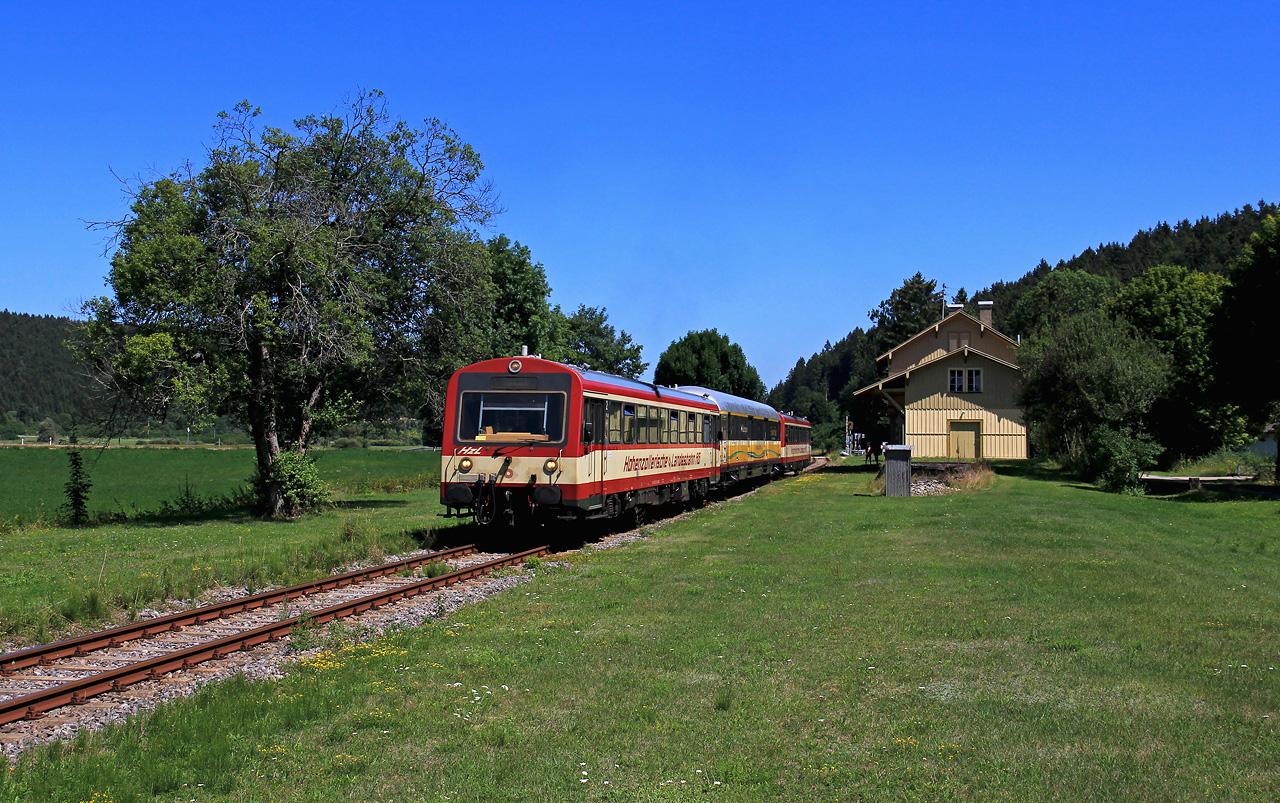 http://www.badische-schwarzwaldbahn.de/DSO/B911.jpg