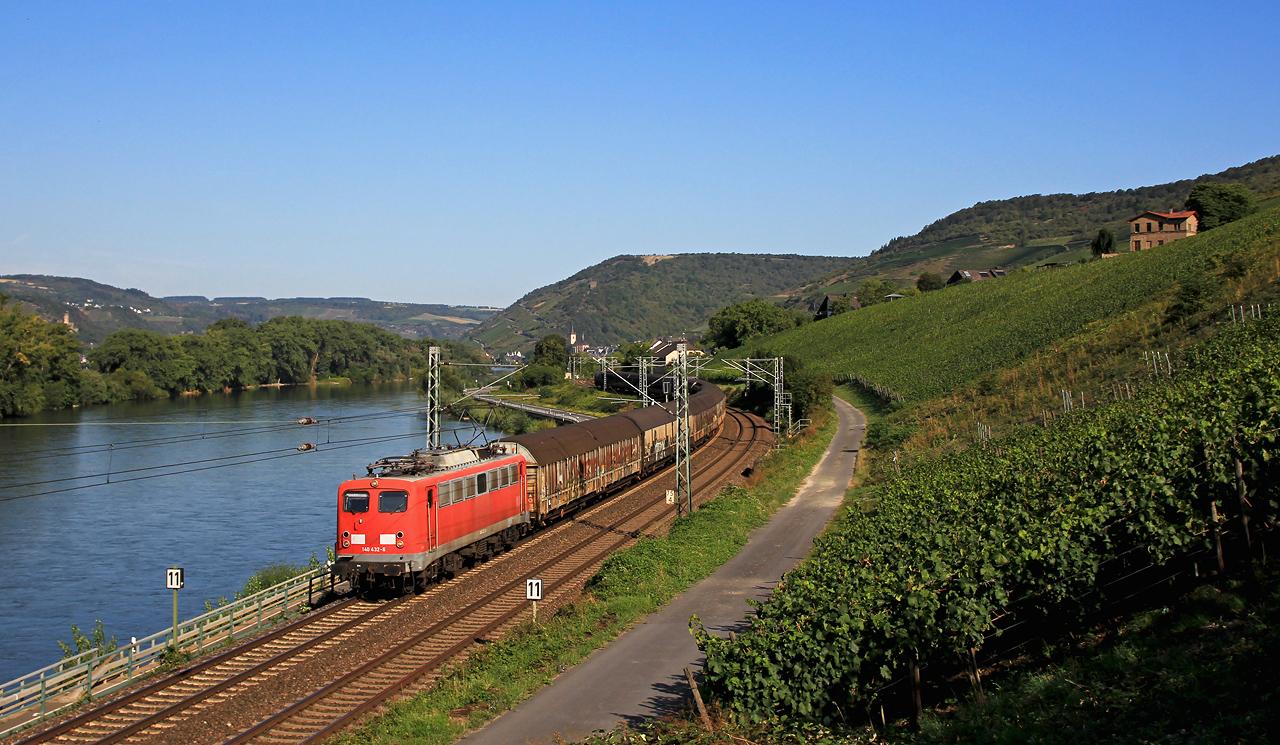 http://www.badische-schwarzwaldbahn.de/DSO/B933.jpg