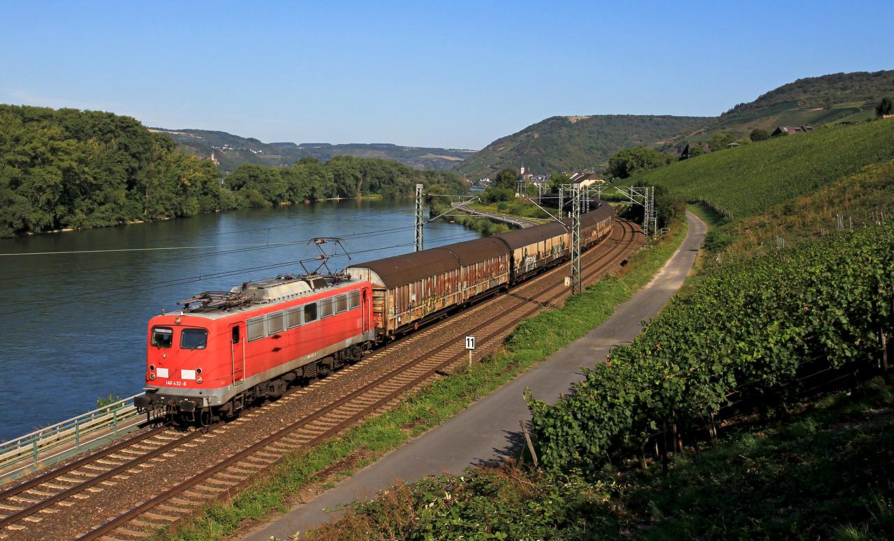 http://www.badische-schwarzwaldbahn.de/DSO/B934.jpg