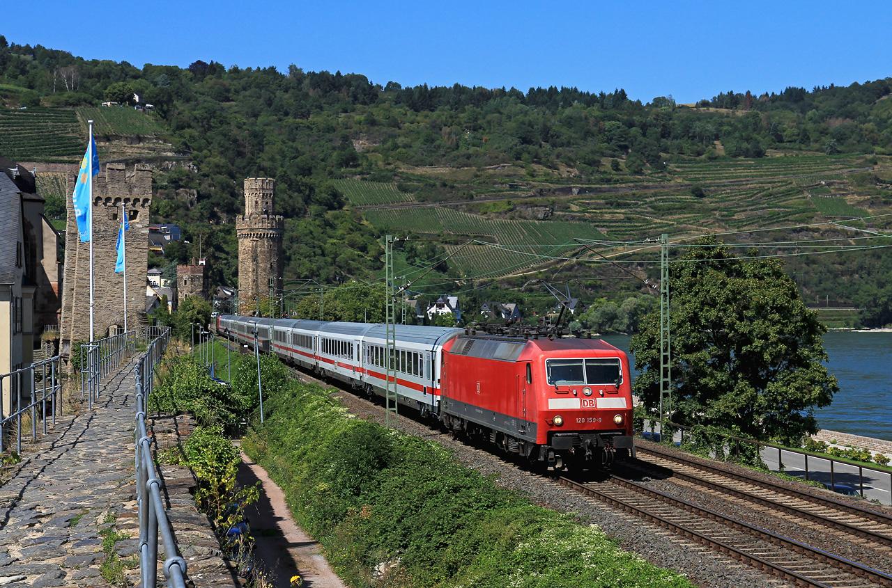 http://www.badische-schwarzwaldbahn.de/DSO/B950.jpg