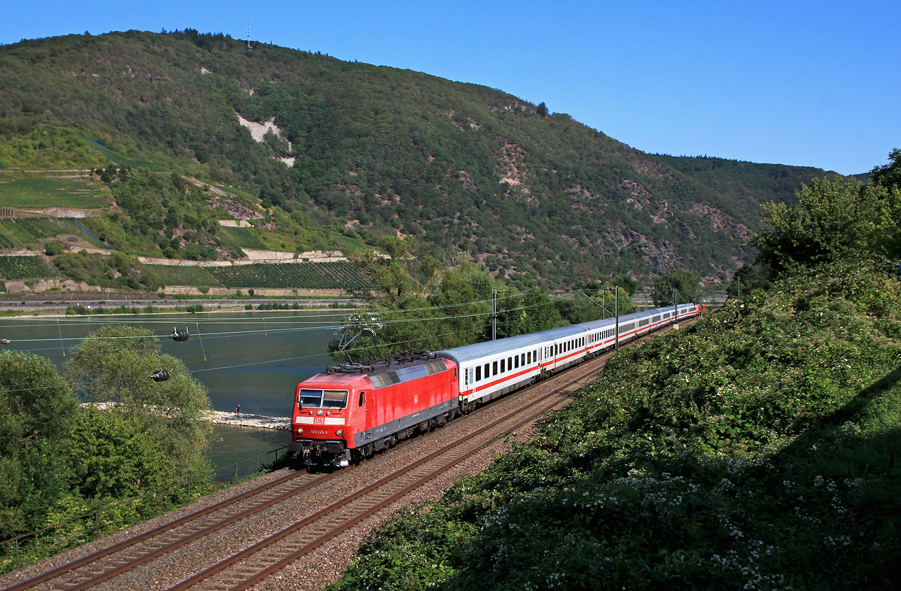 http://www.badische-schwarzwaldbahn.de/DSO/B956.jpg