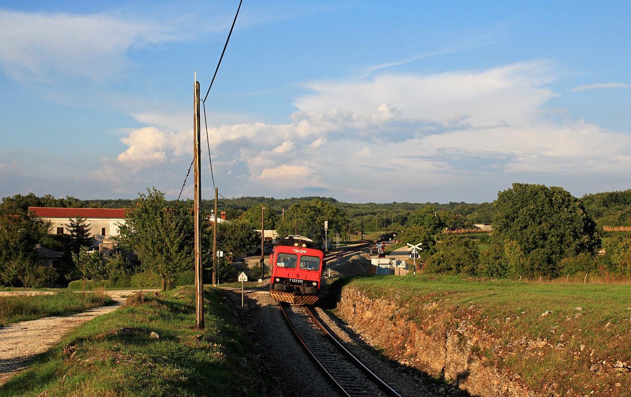 http://www.badische-schwarzwaldbahn.de/DSO/E108.jpg