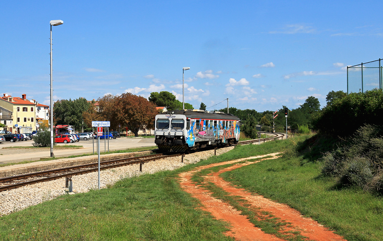 http://www.badische-schwarzwaldbahn.de/DSO/E112.jpg